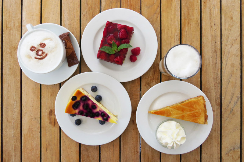 Cake and strudel variations in the Venite gastronomy