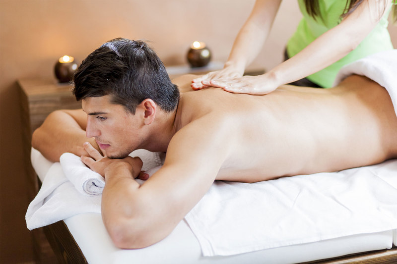 Aroma full-body massage